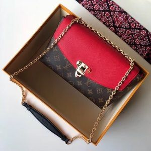 Louis Vuitton st placiade red